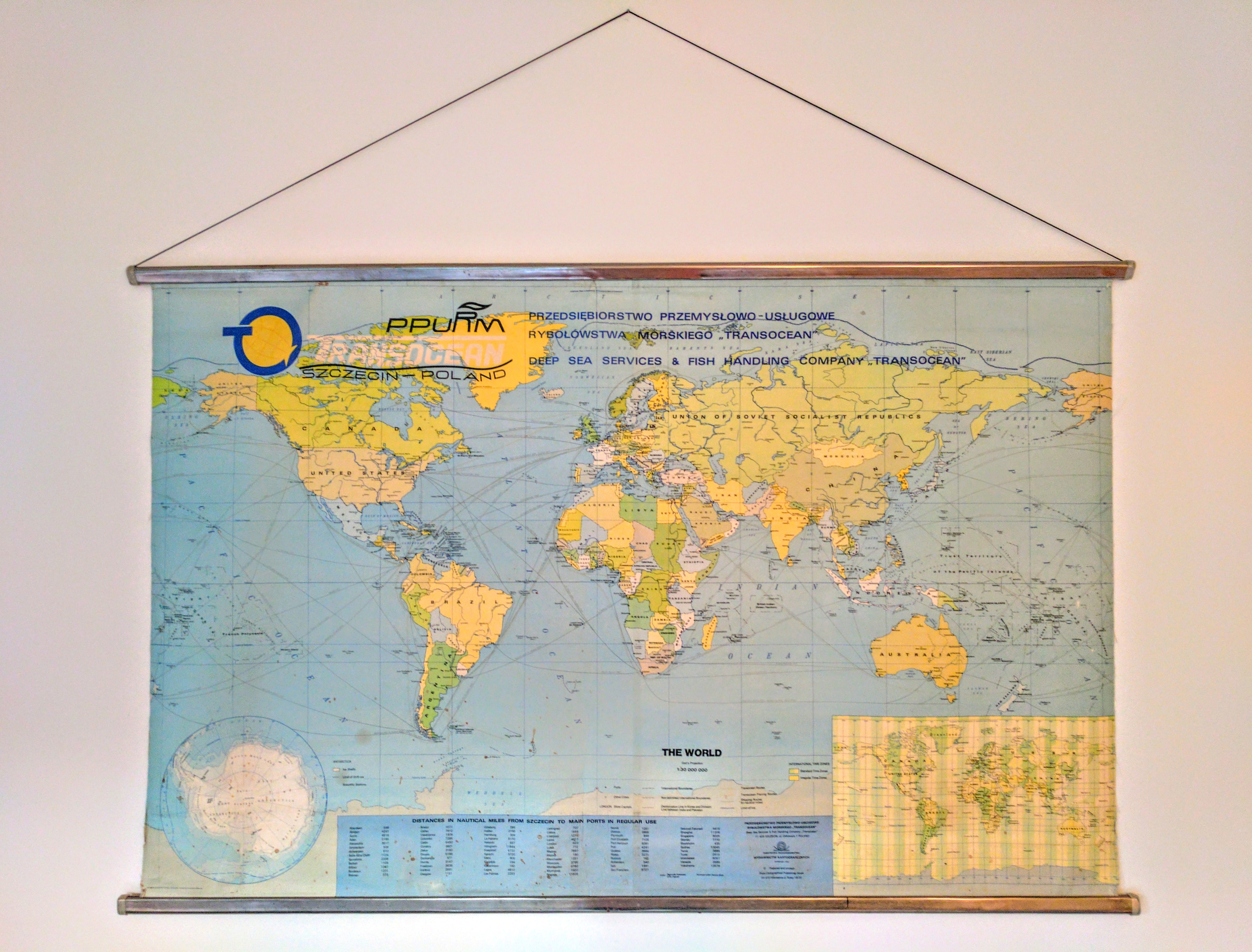 Where To Buy Maps That Cover The Wall Pineapple Suitcase - Buy us map